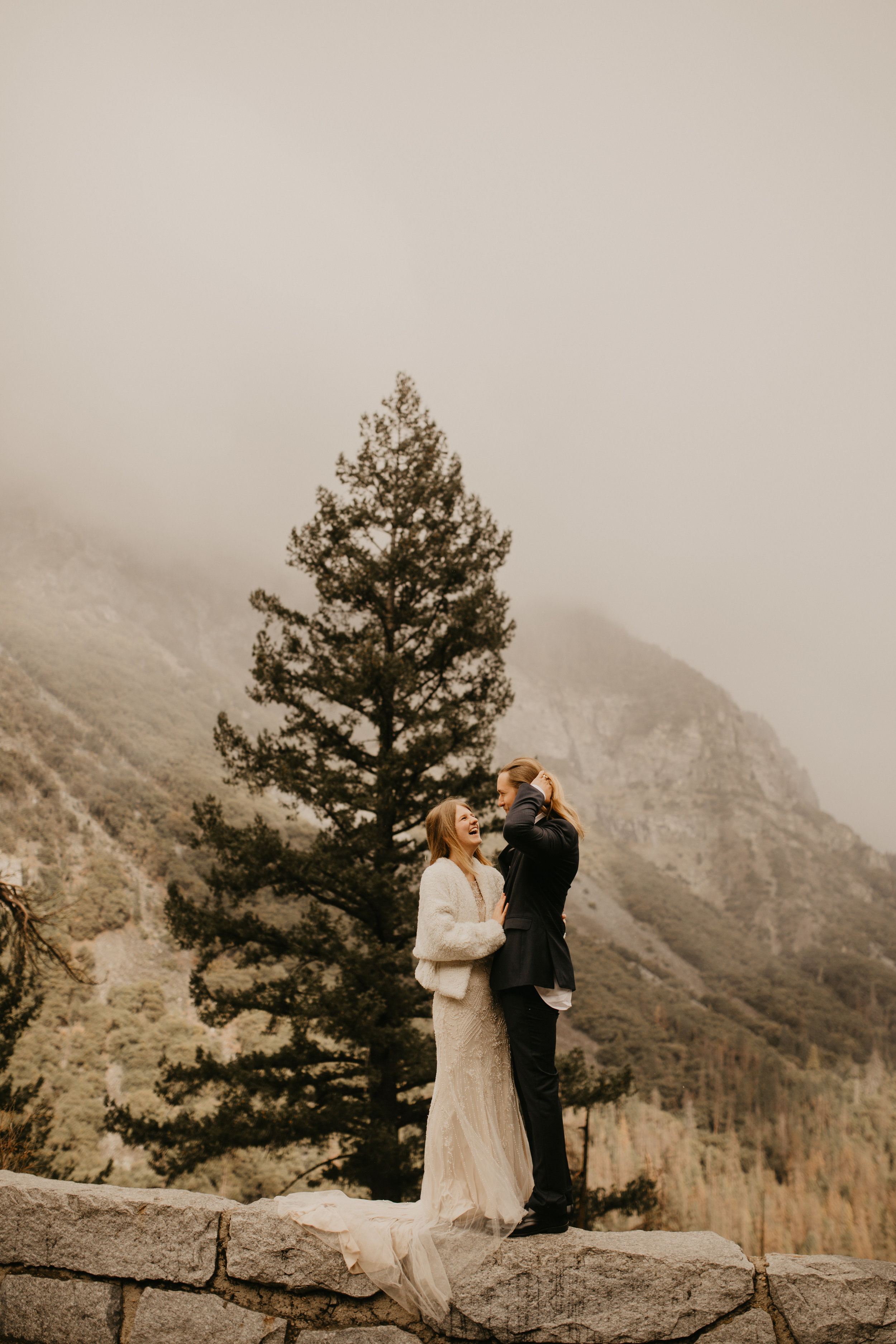 yosemite elopement national park tunnel viewpoint photography breeanna lasher