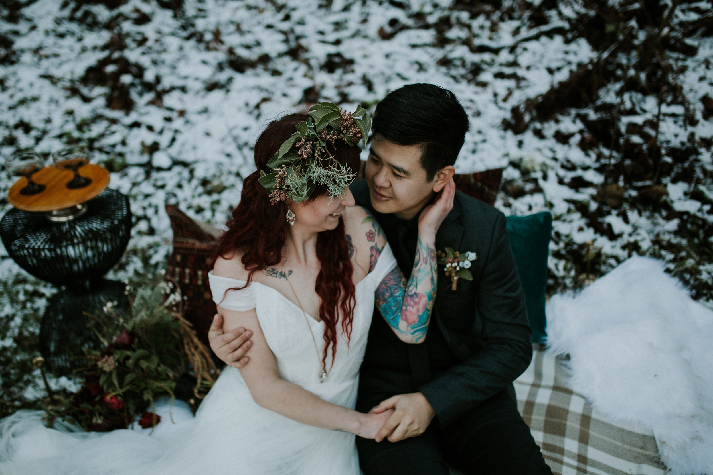 portland elopement with a wolf!