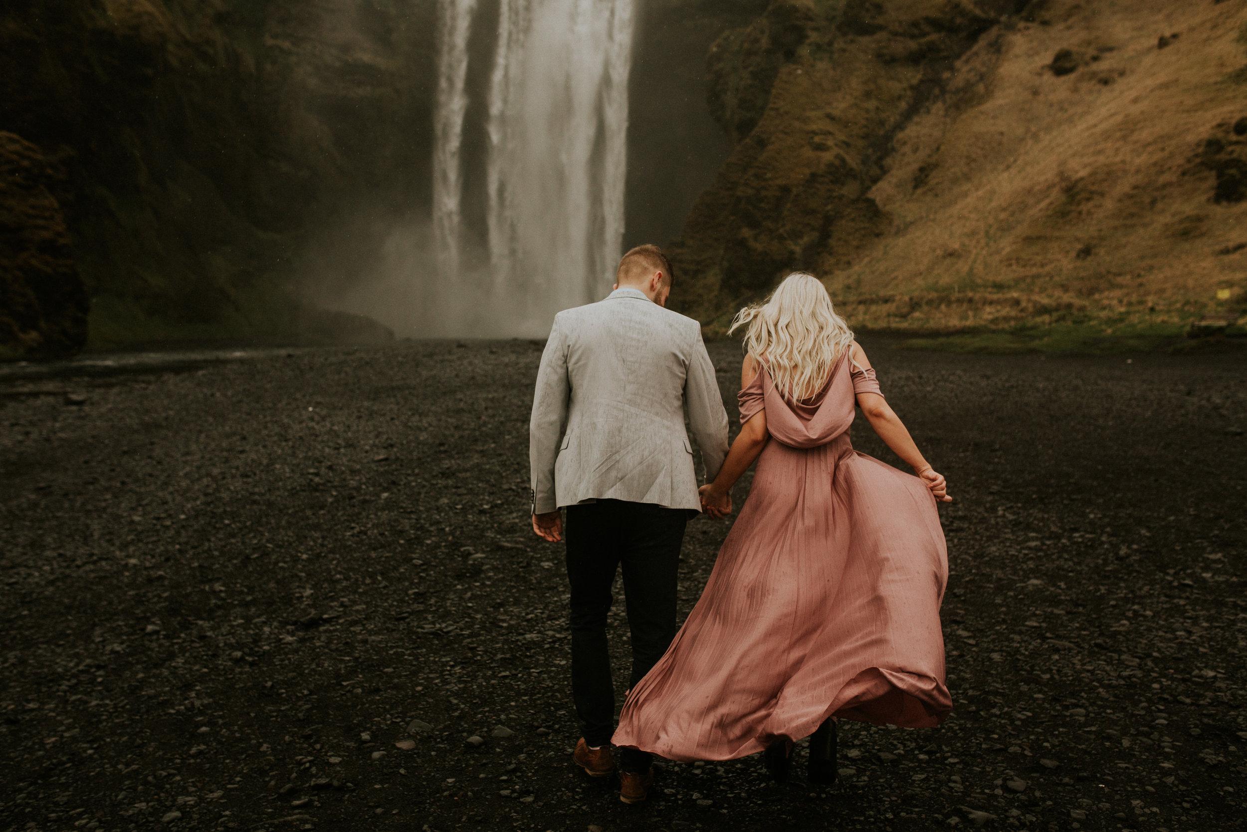 skogafoss elopement photographer breeanna lasher