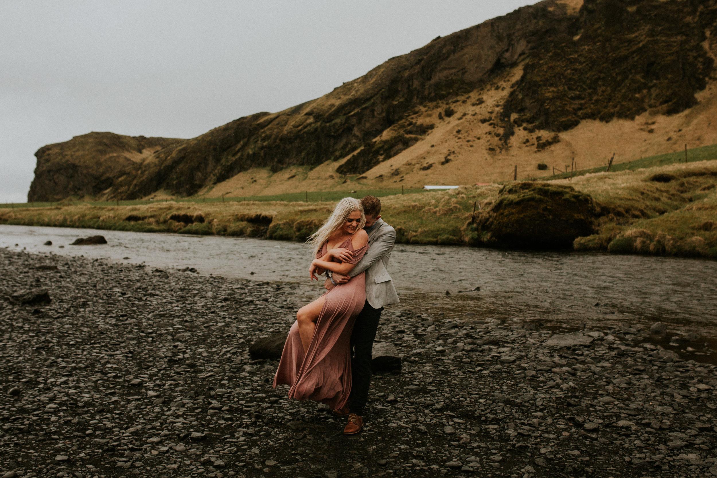 skogafoss couple in love icelandic photographer breeanna lasher