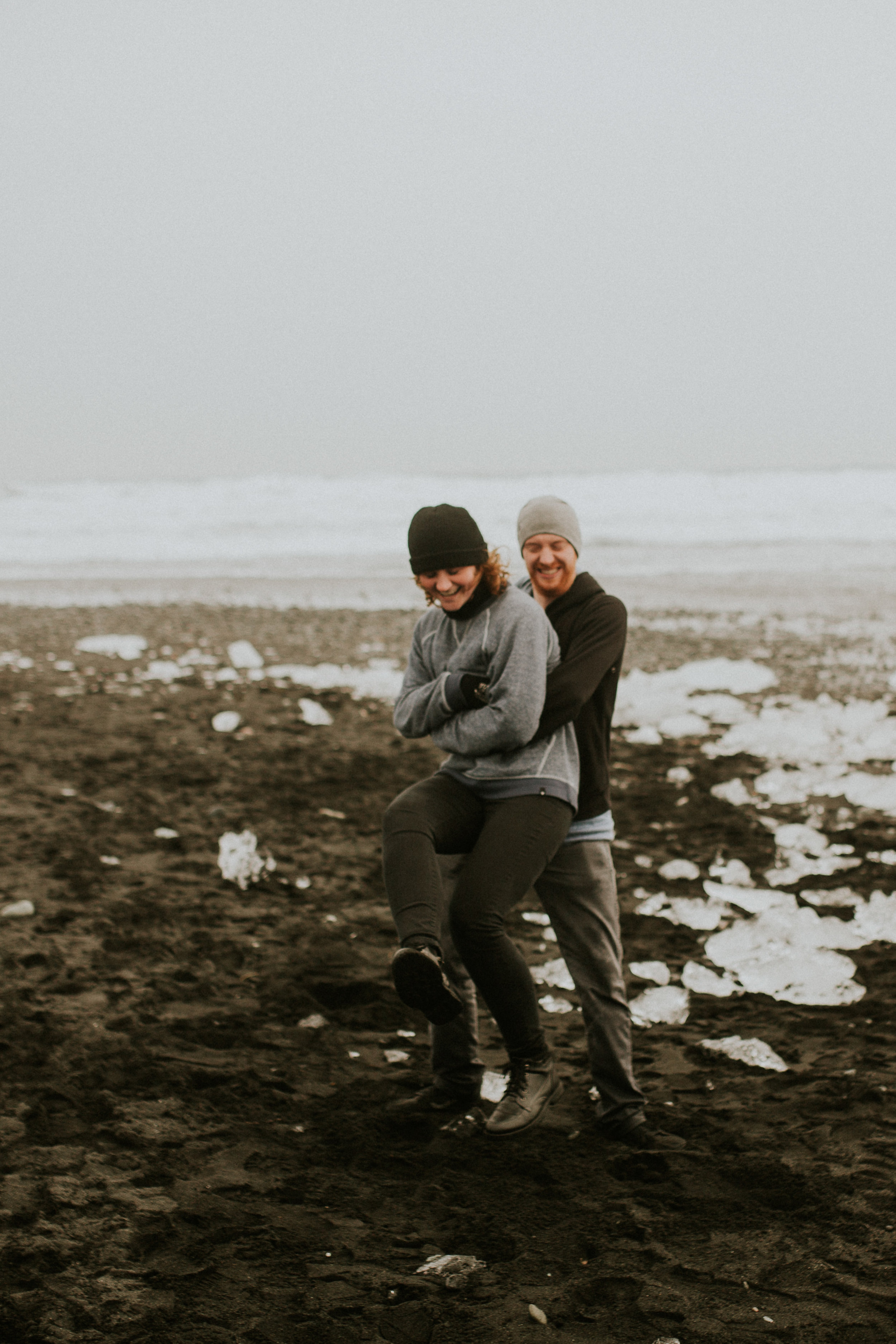 icelandic photographer engagement session