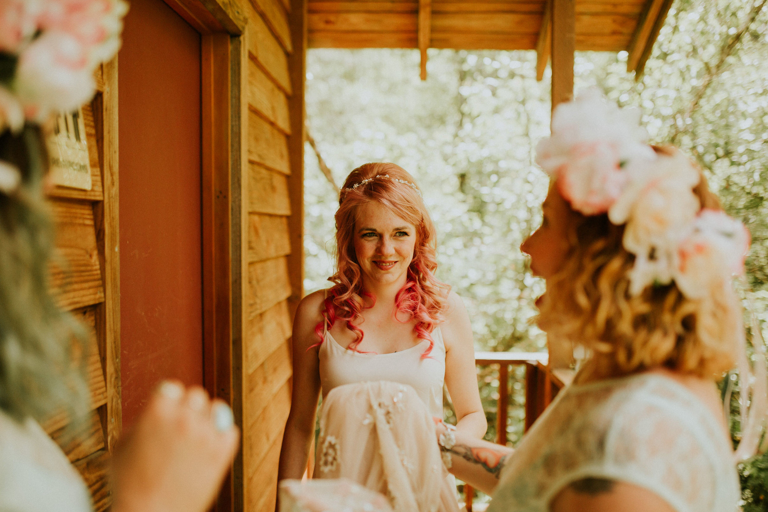 PNW elopement photographer breeanna lasher intimate forest wedding