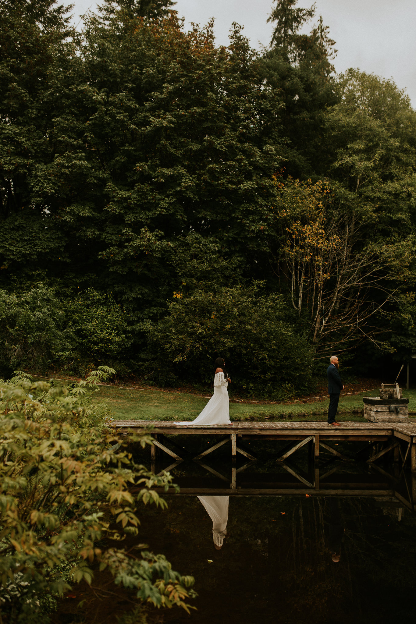 Lakeside-elopement-teasers-6.jpg