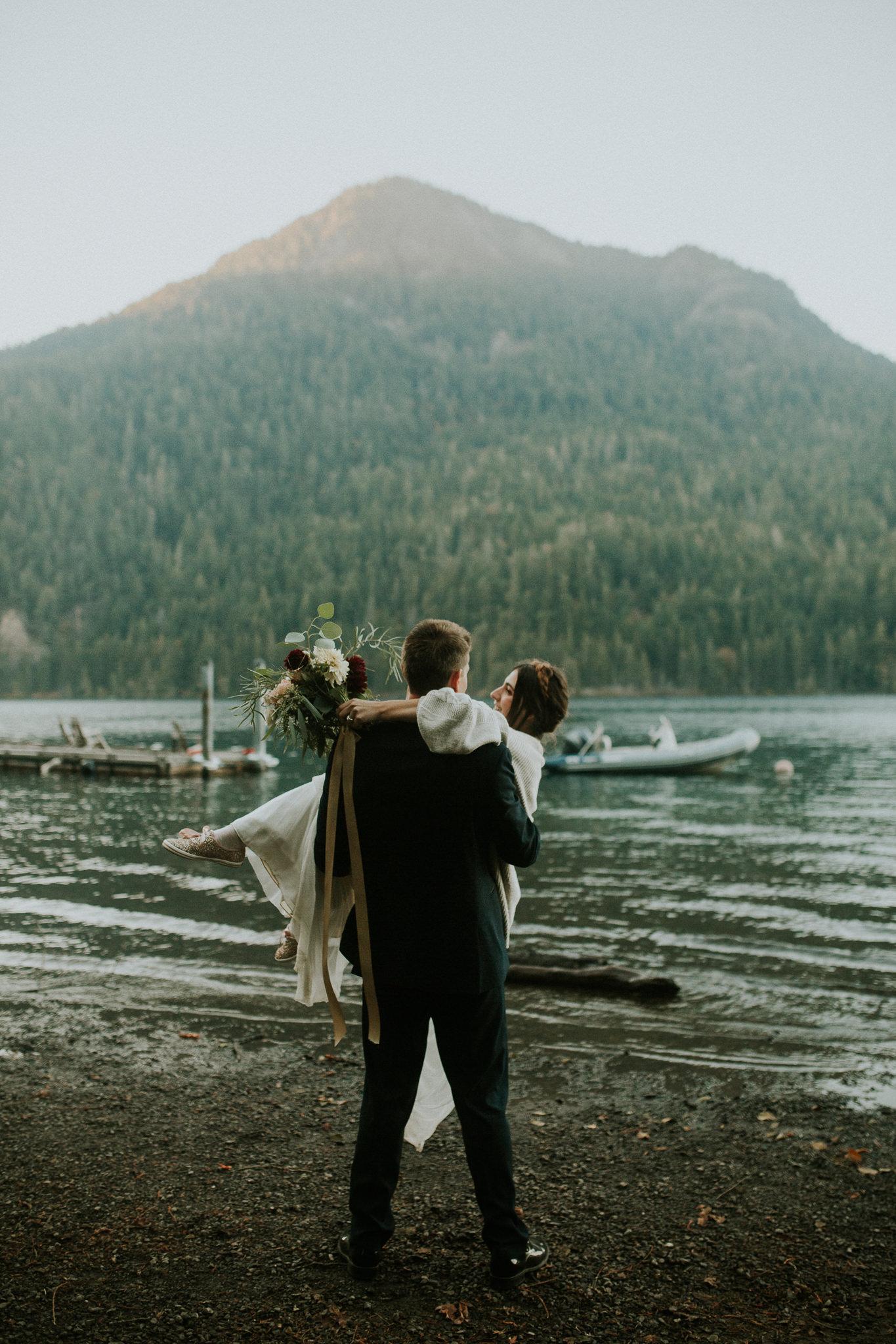 Cresent-lake-elopement-BreeAnna-Lasher-55.jpg