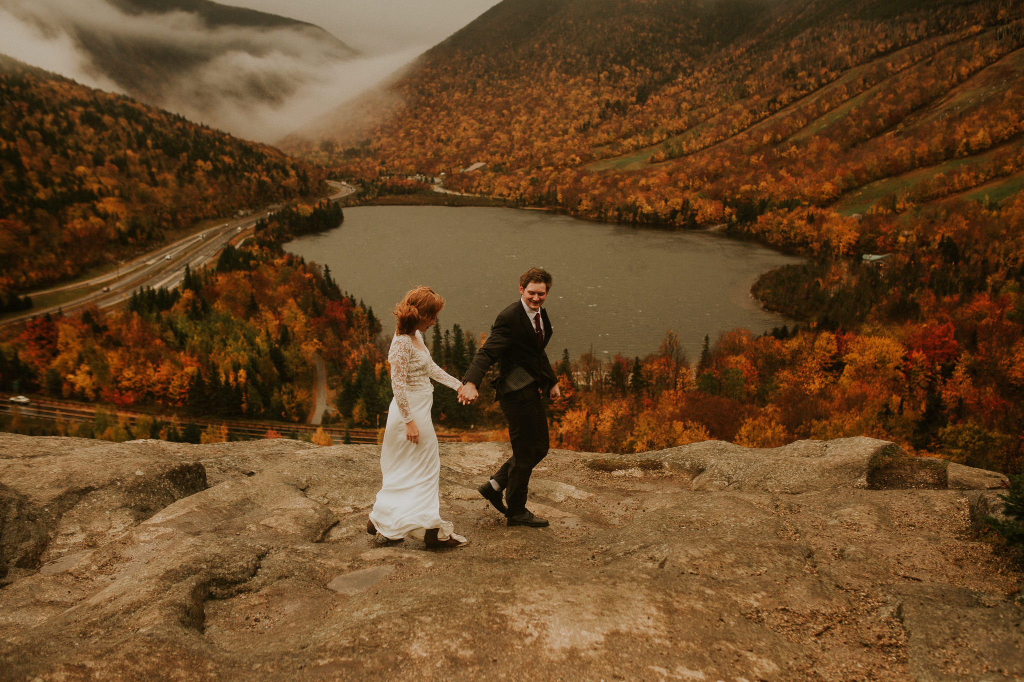 Fall colors in New england! New hampshire elopement in Autumn