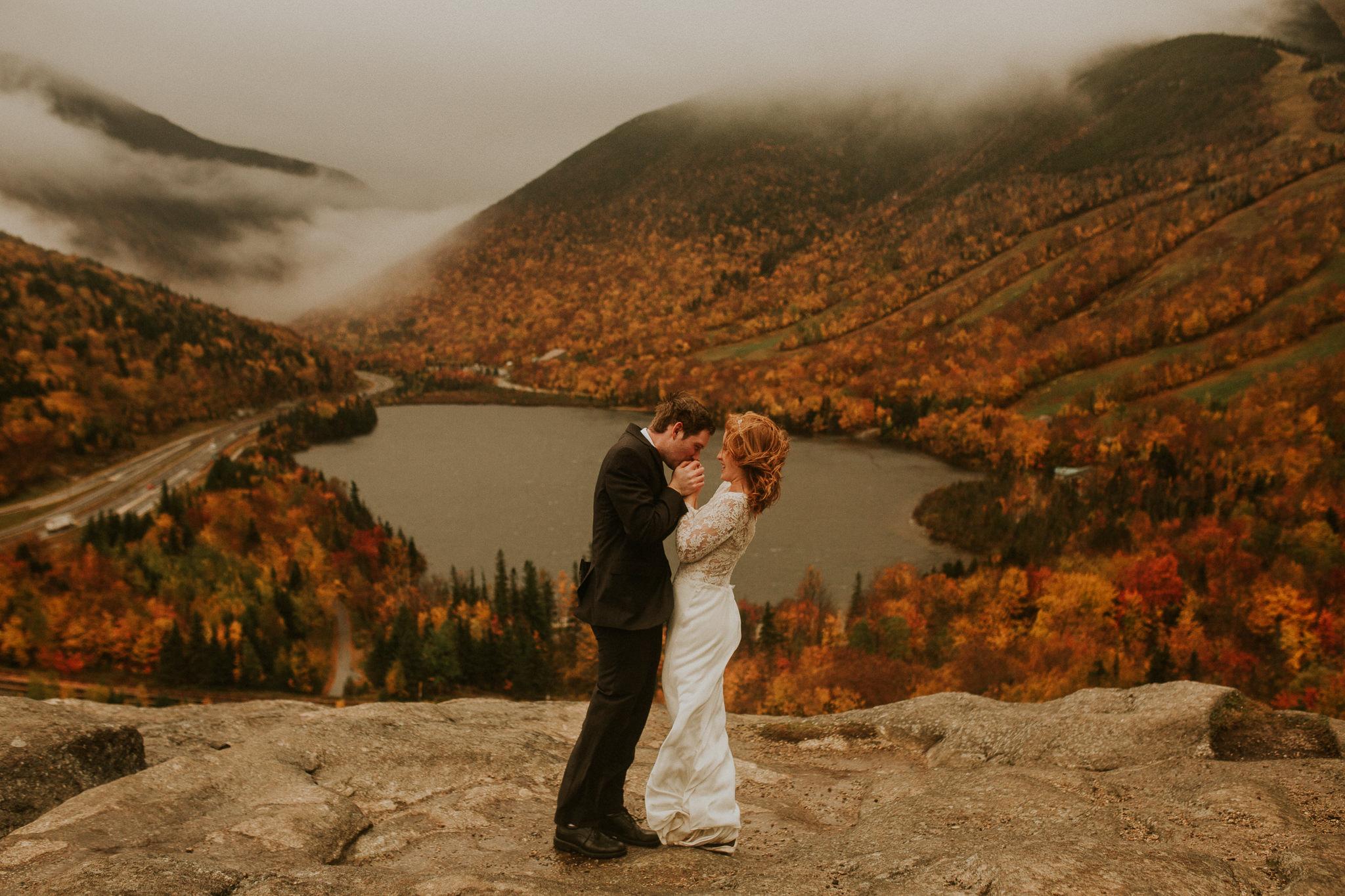New hampshire elopement in Autumn
