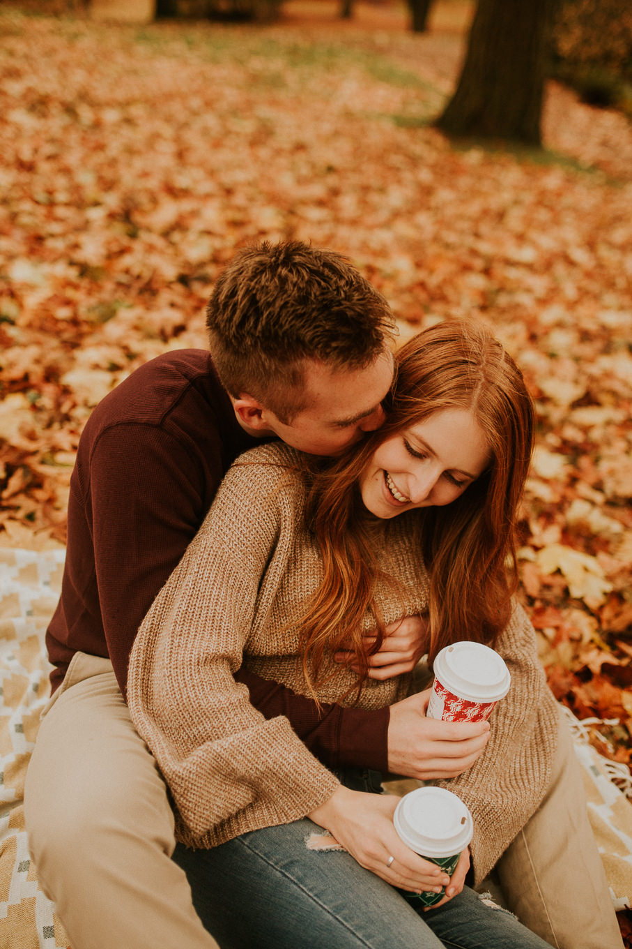 Autumn engagement photos in Seattle