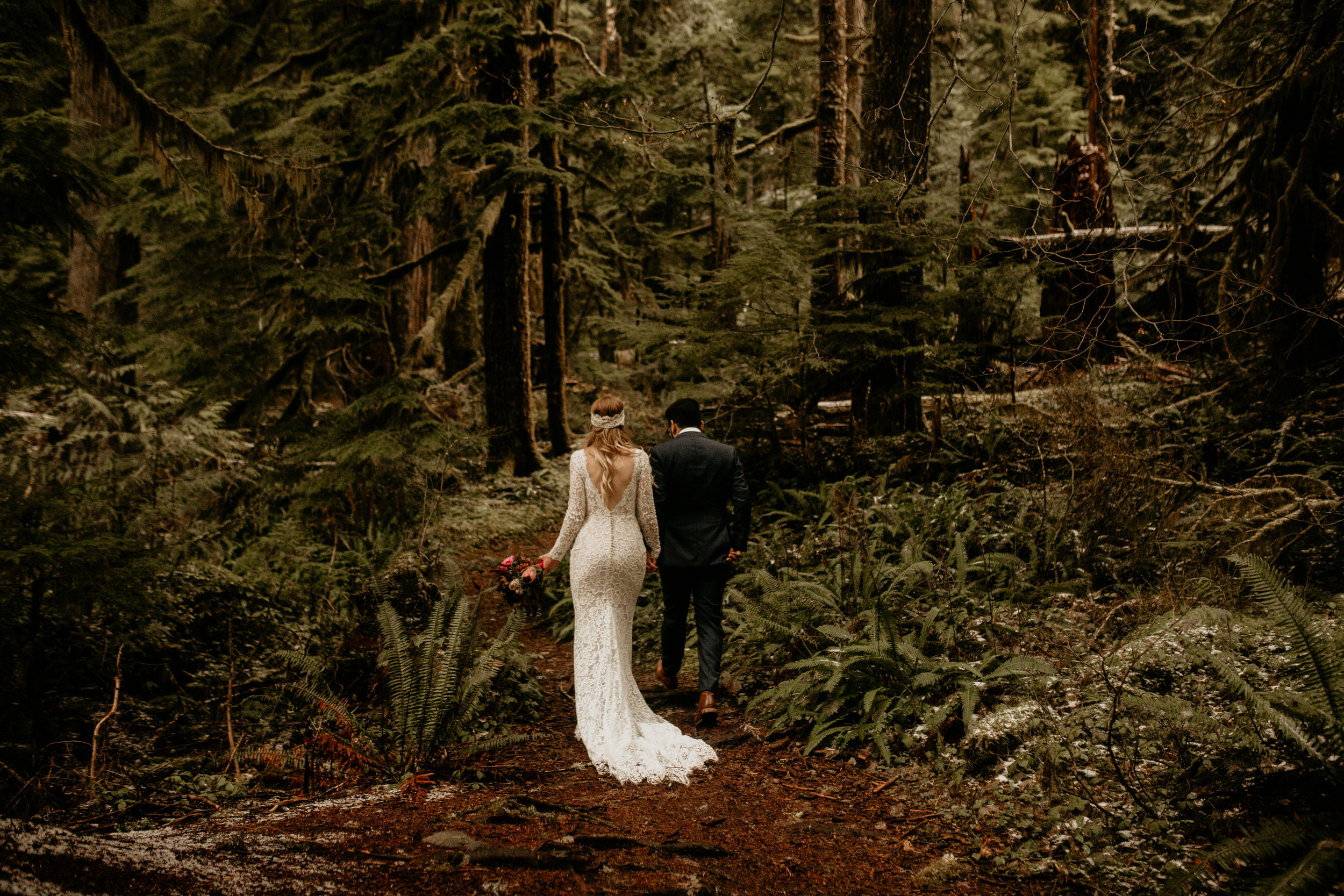 Seattle elopement photographer austrian elopement