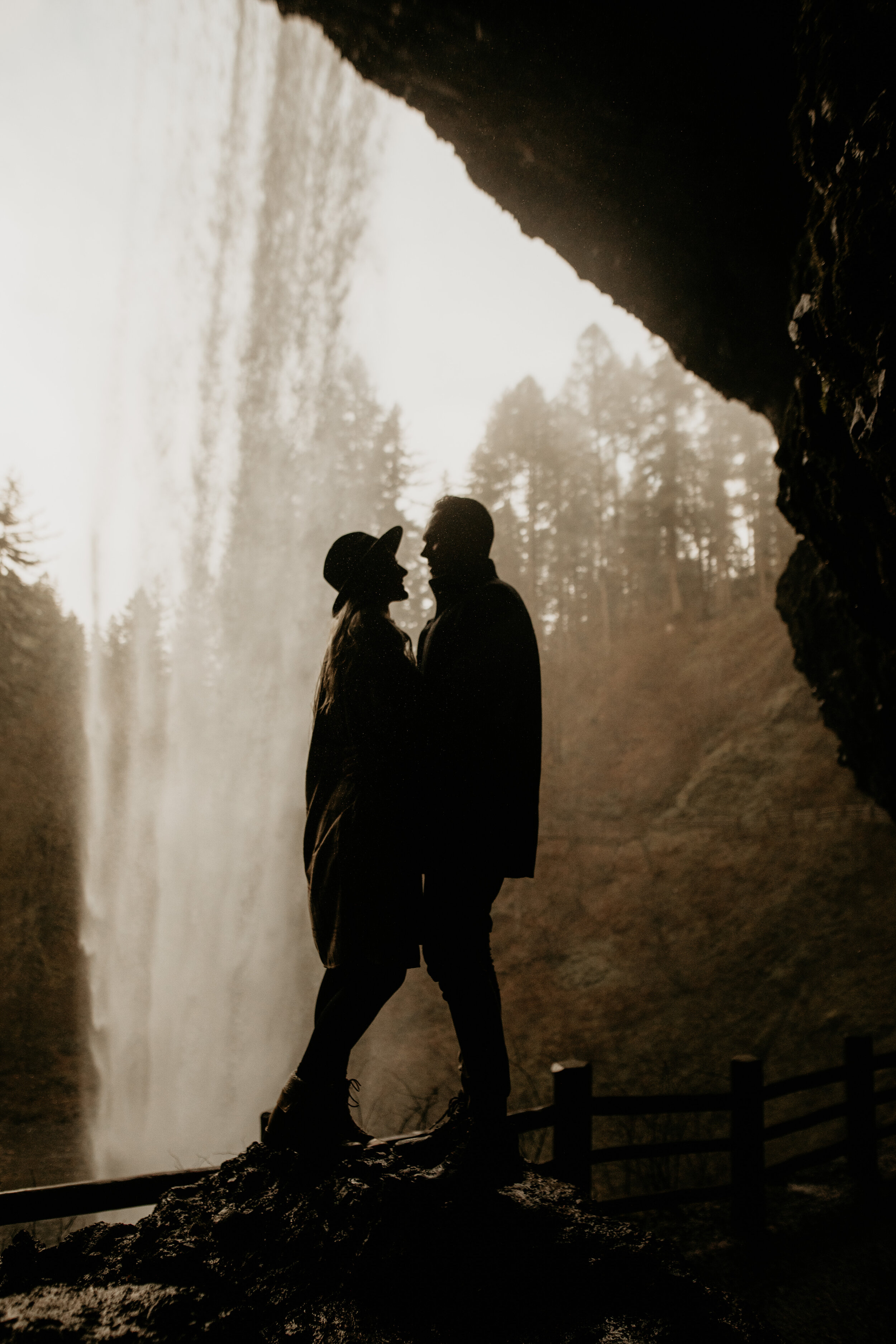 Locations in the US that look like Iceland- Iceland elopement- Iceland elopement photographer- Amalfi coast photographer- diablo lake elopement - Seattle elopement photographer - diablo lake photographer - north cascades elopement photographer - Seattle wedding photographer - cute couple - elope instead - breeanna lasher photographer - Iceland lookalike locations - Rialto beach elopement - Rialto beach elopement photographer - Rialto beach wedding
