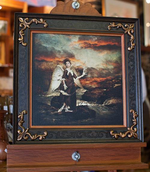 12_professional-art-photo-on-canvas-of-jess-linton-photographer-rhondda-scott-ornate-corner-frame-with-copper-inner-frame.jpg