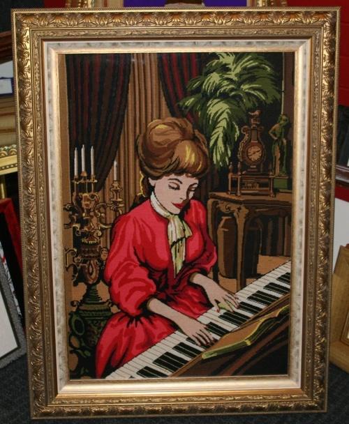 52_tapestry-framing-ornate-gold-frame-elegant-framing.jpeg