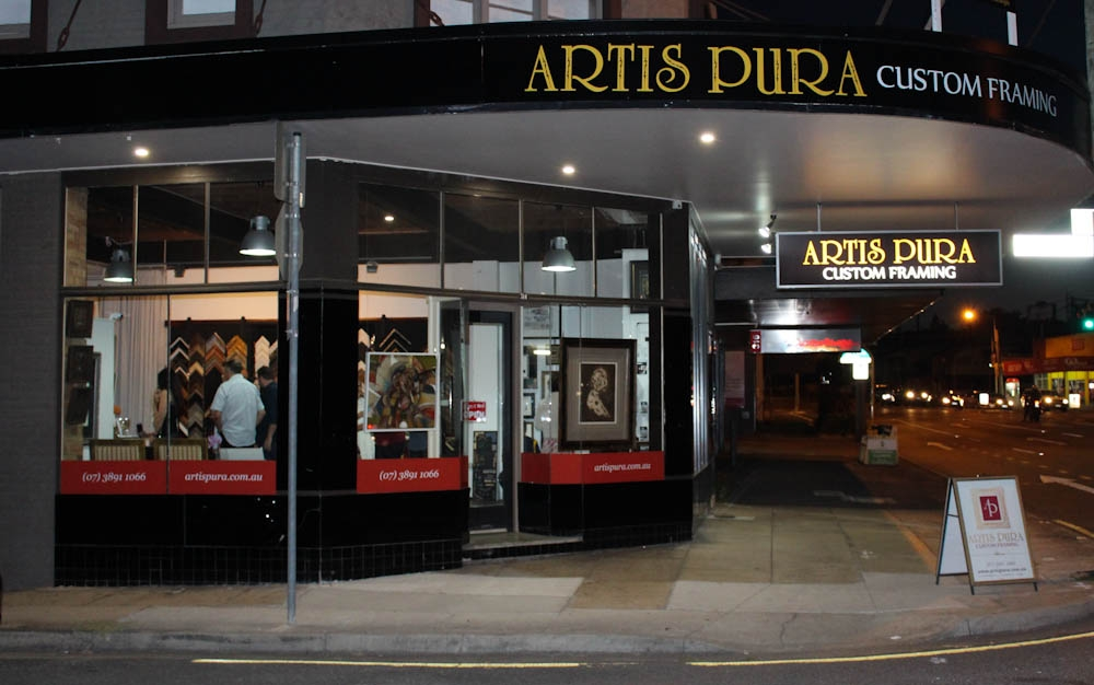 ARTIS PURA Custom Framing