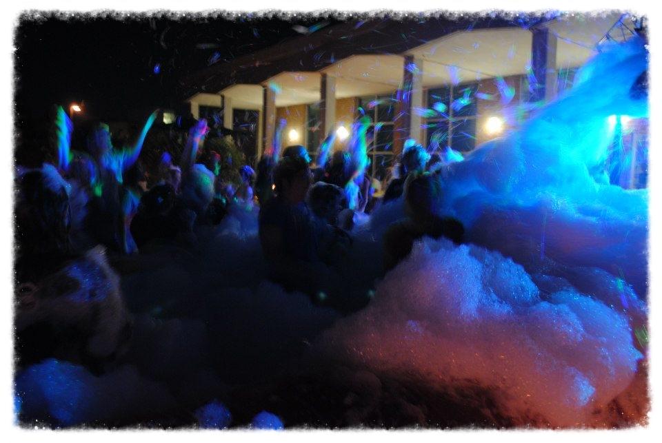 Foam Dance 1.jpg