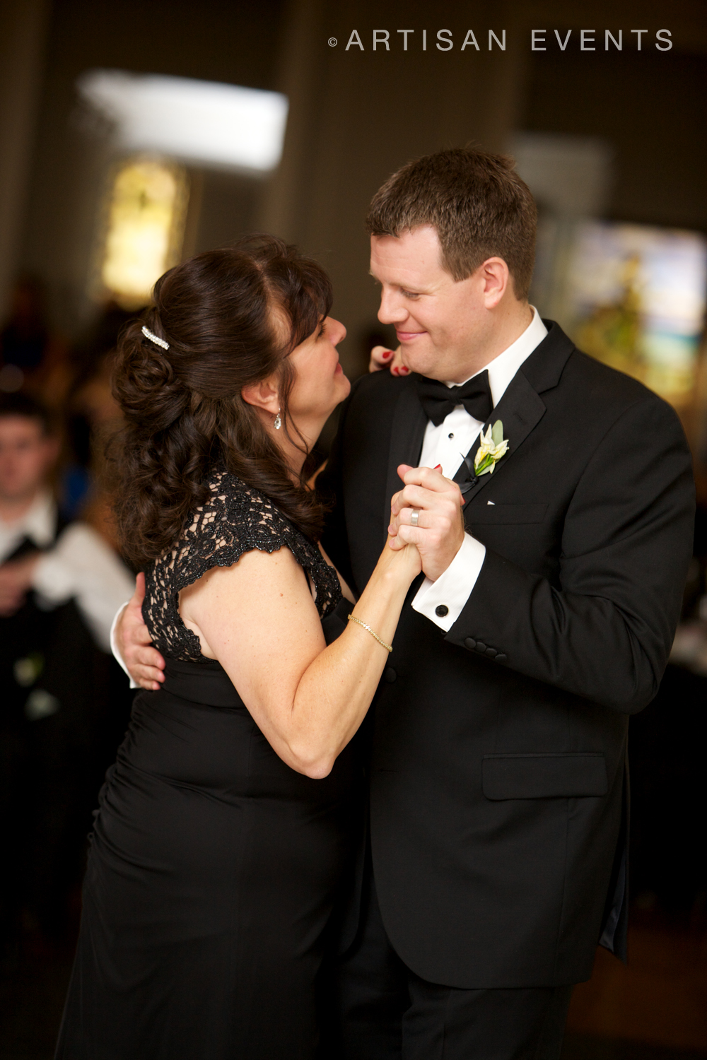 1114_ArtisanEvents_Chicago_Wedding_Kahler.jpg