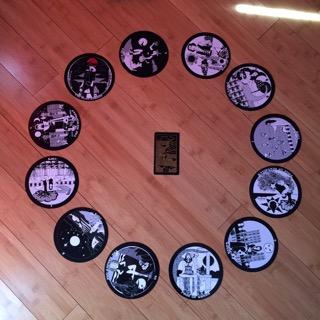 Astrological spread containing  The Gorgon's Tarot  and  Golden Thread Tarot cards
