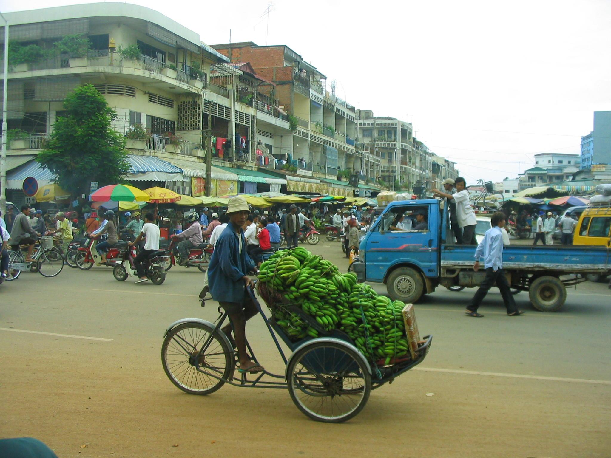 Phnom Penh bananas.JPG