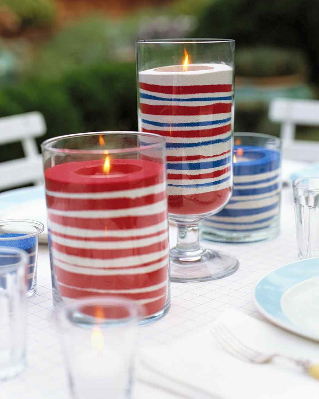 These simple sand candles are a great last minute decoration that the kids will love to help out with and the adults will admire. Check out the how-to at marthastewart.com,  here .