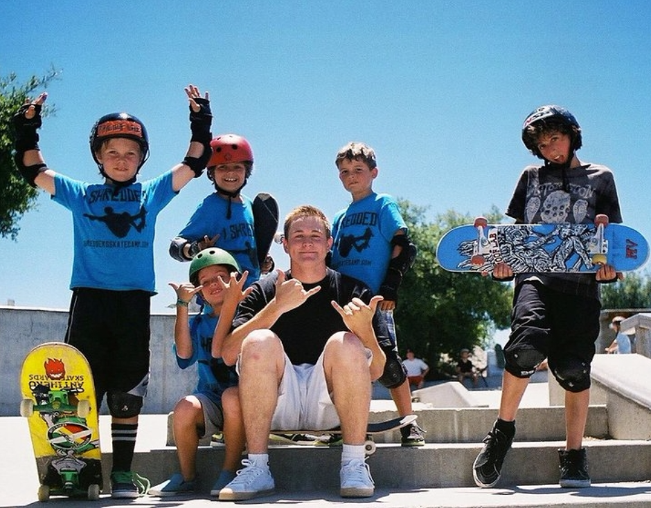 SHREDDERS SKATE CAMP