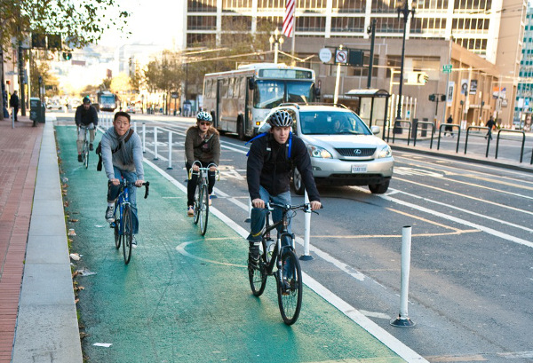 A protected bicycle lane in San Francisco. Image from the Green Lane Project.