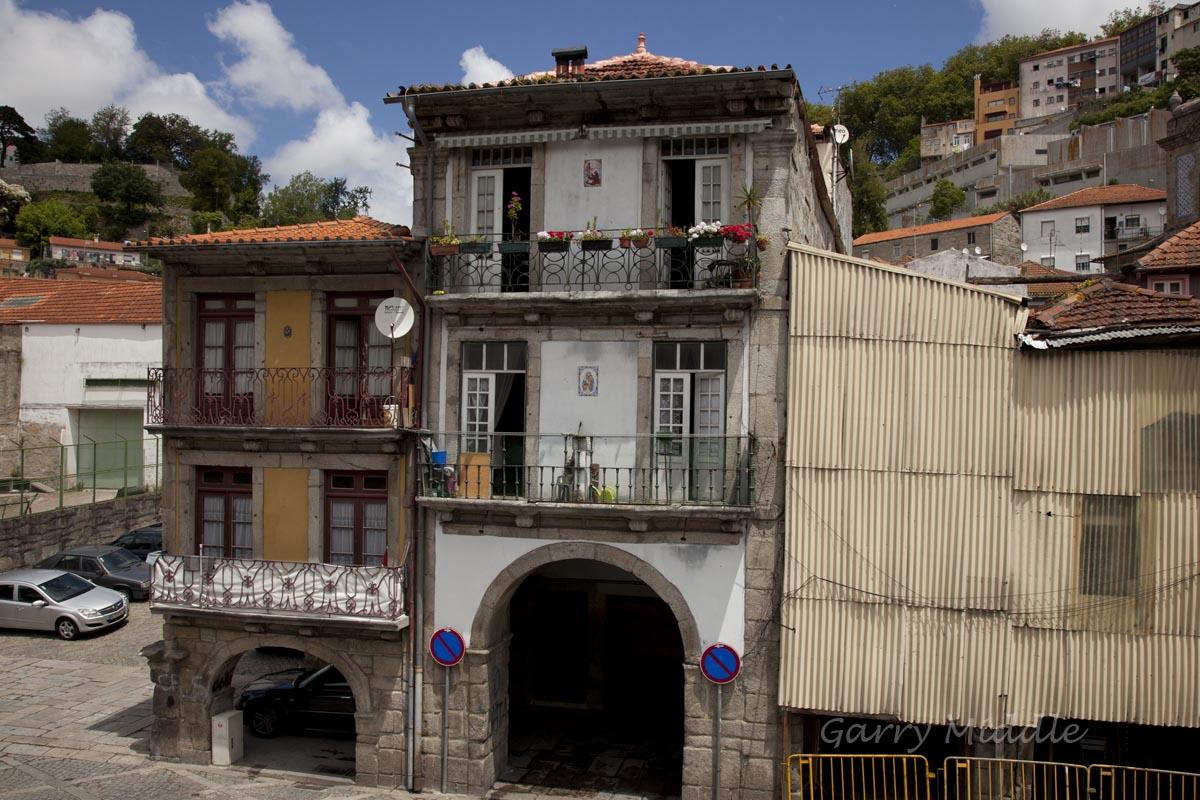 Porto buildings 1.jpg