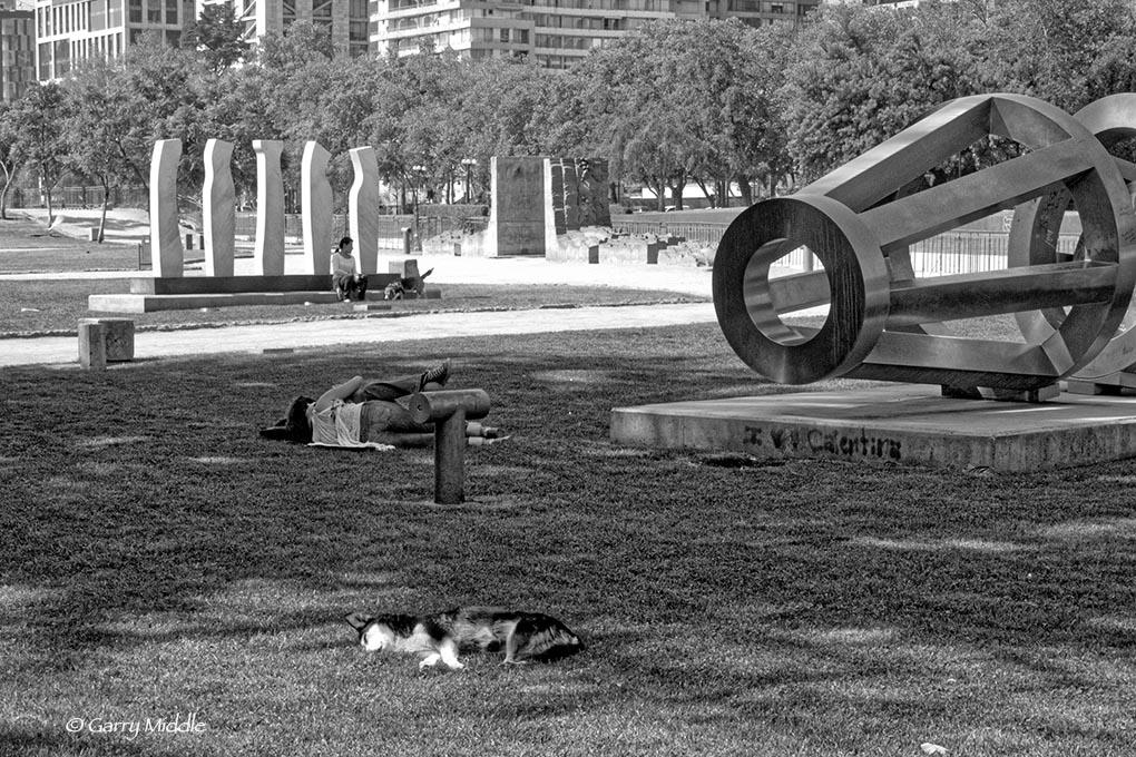 People in Santiago park.jpg