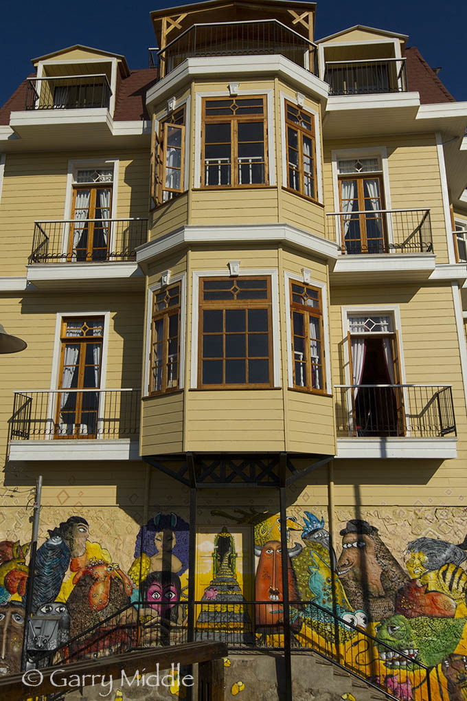 Valparaíso colours 3.jpg