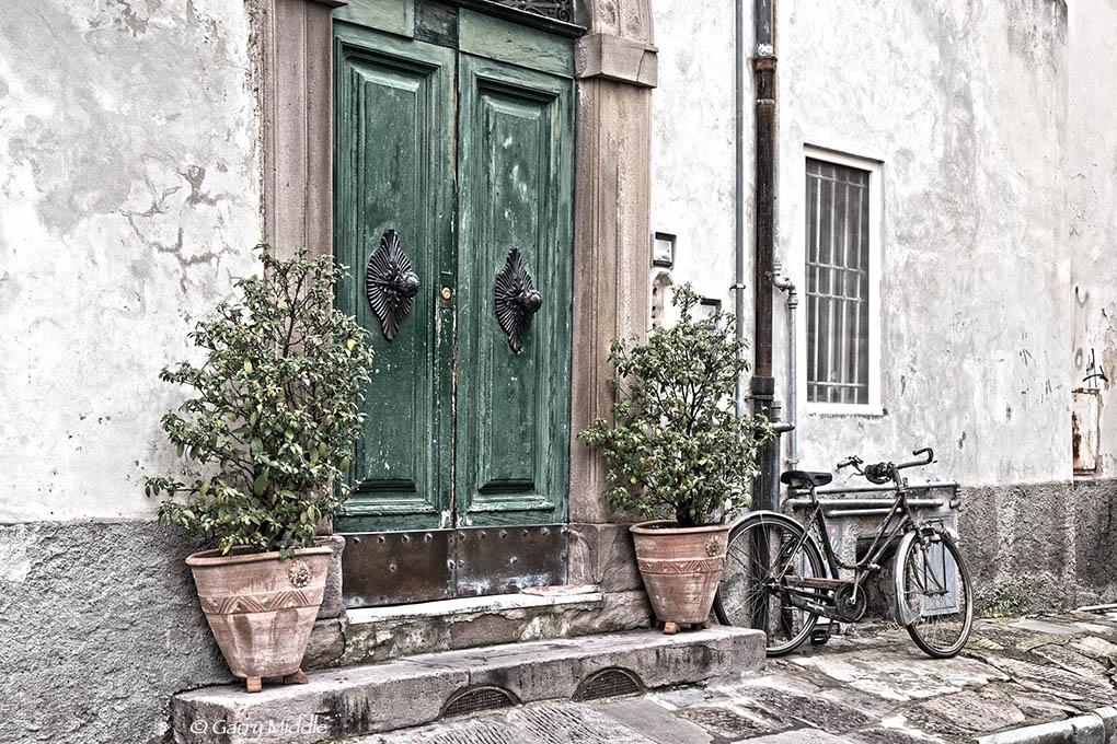 Lucca door 7.jpg