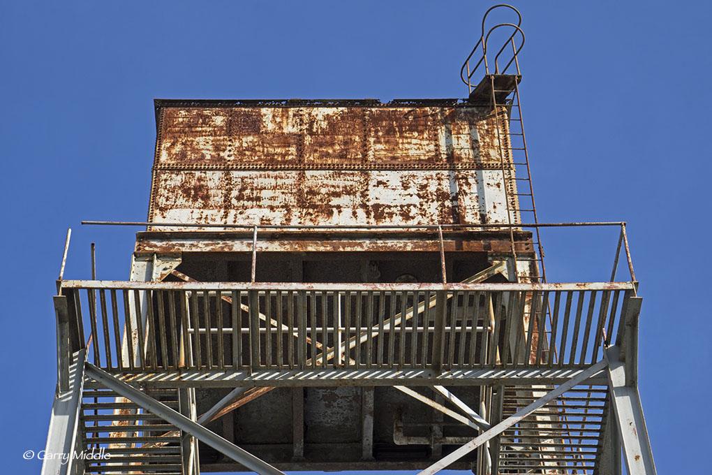 Rusty tower ledge.jpg