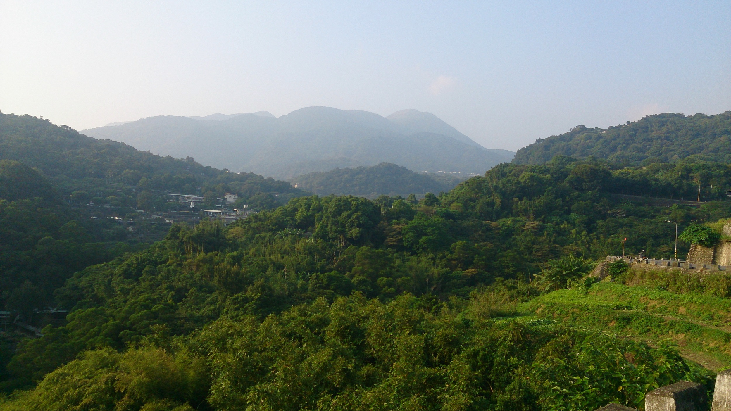 View of the Datun Volcano Group from the Tianmu Old Trail.