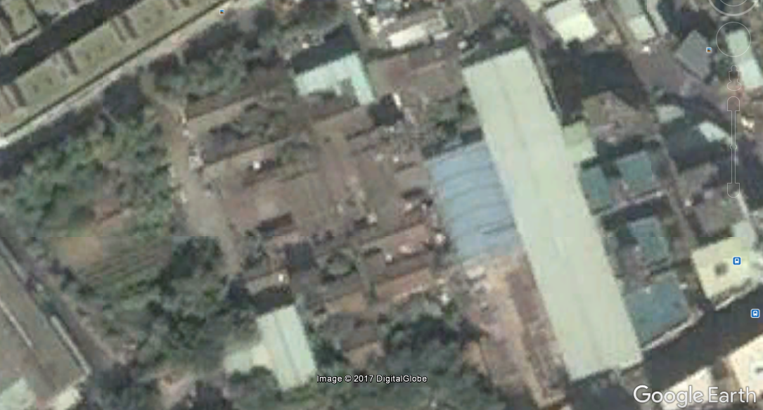 That site also has some pics of this other grand old family estate in northeast Luzhou, demolished sometime around 2005.