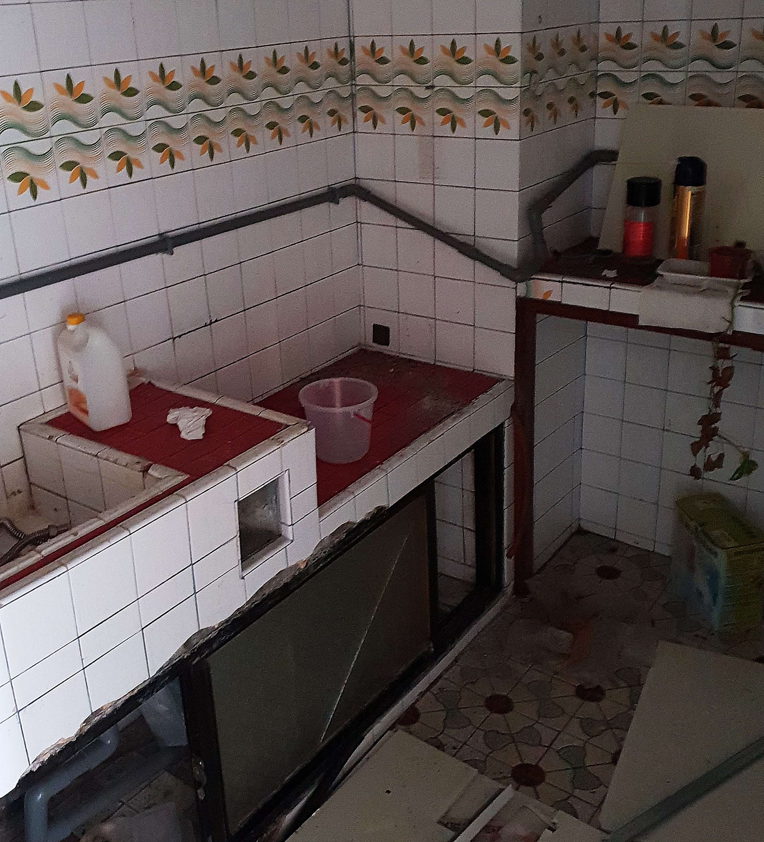 Old style concrete kitchen on one of the lower floors