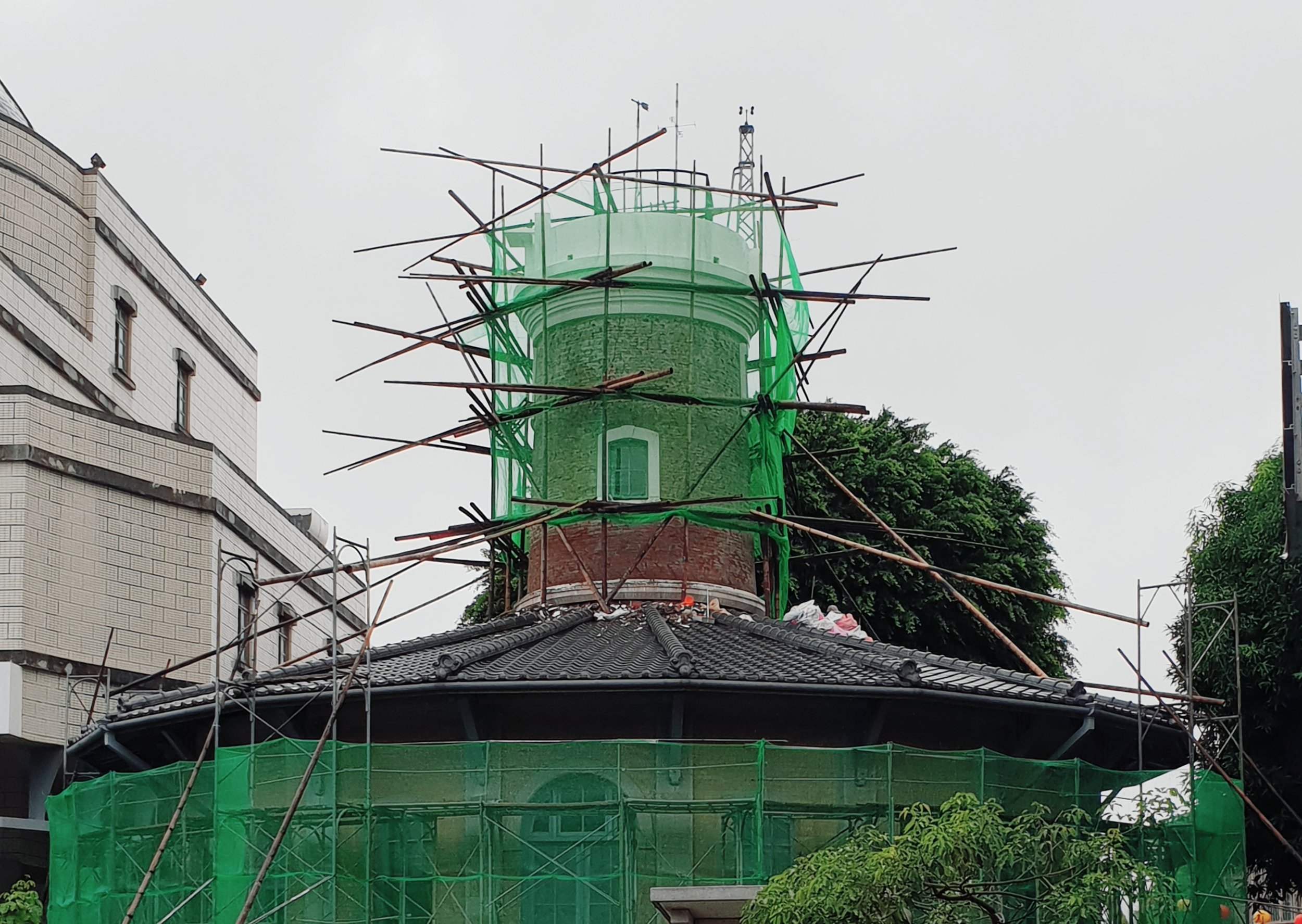 The weather observatory, one of the oldest government buildings in Taiwan, undergoing repairs