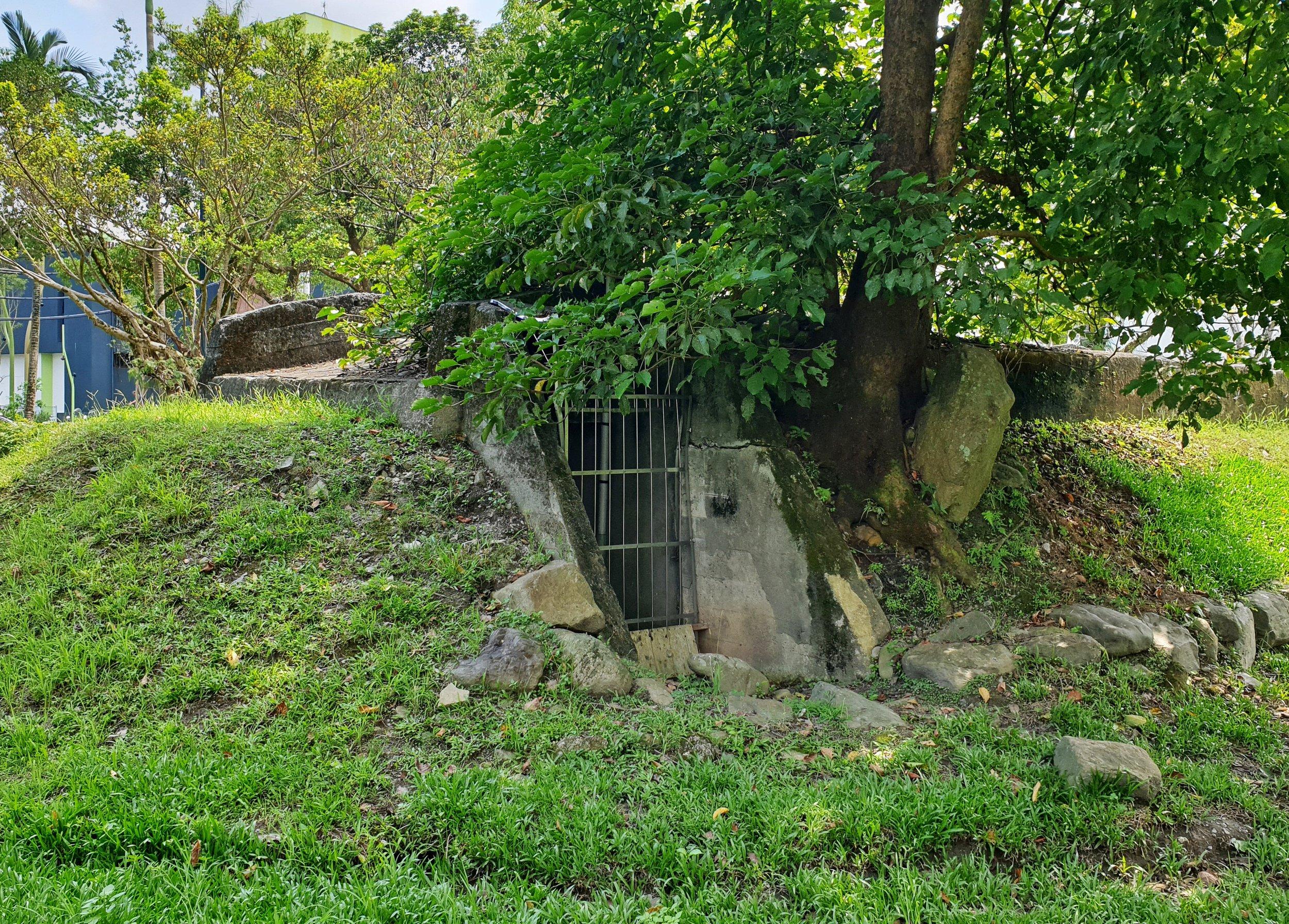 The bunker/air raid shelter