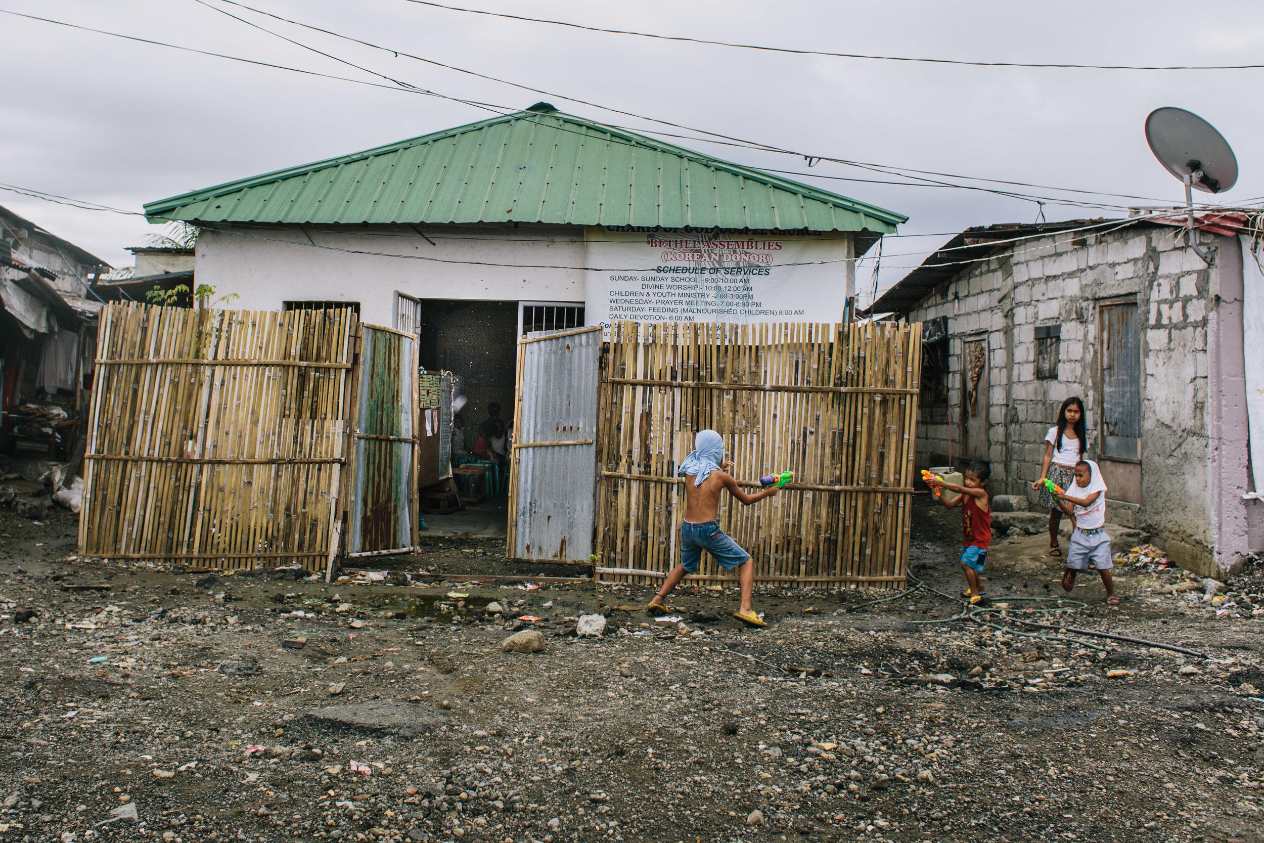 Manila - slums-ruins 8.9.15-398.jpg