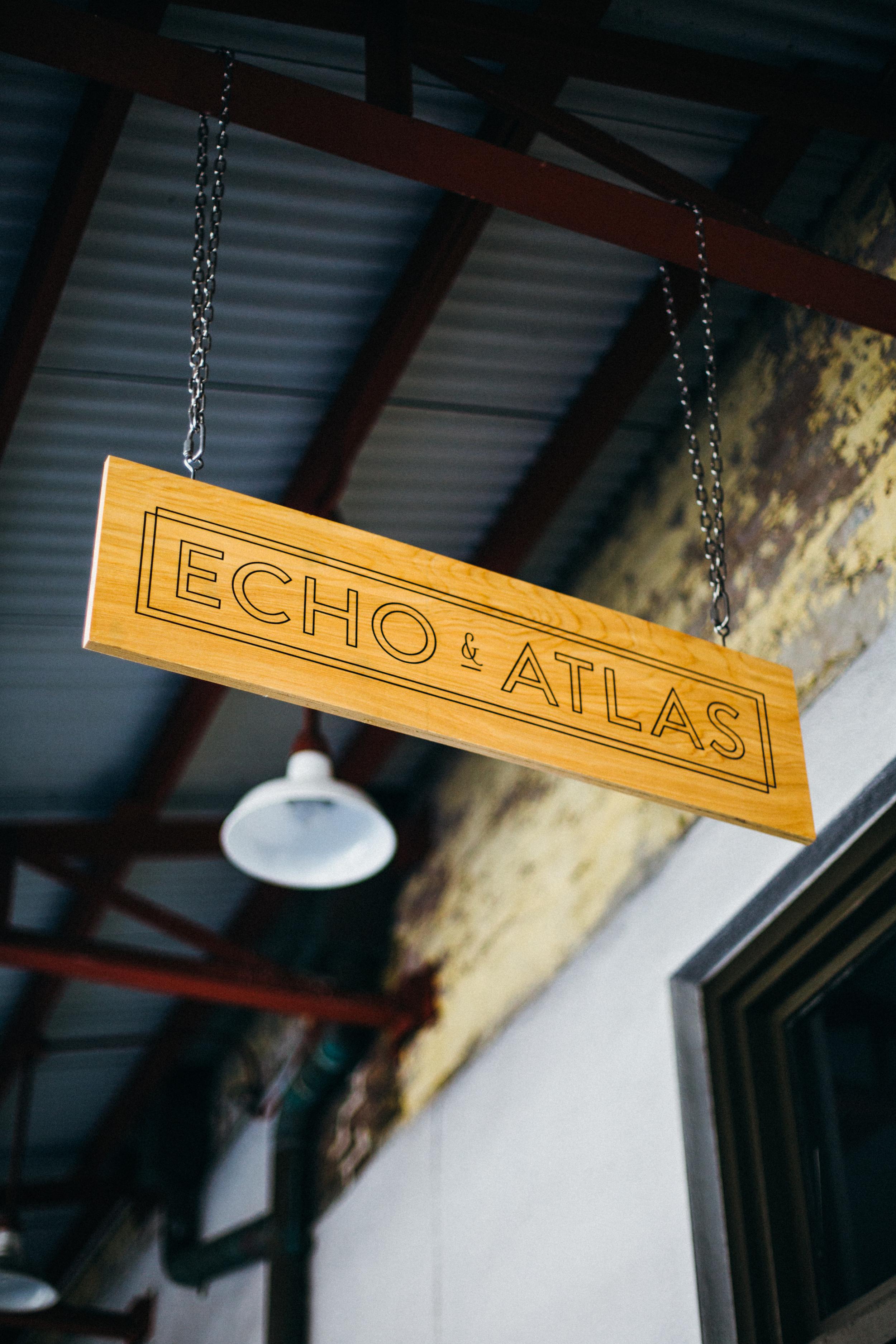 8.4..16 Echo&Atlas shop01071.jpg