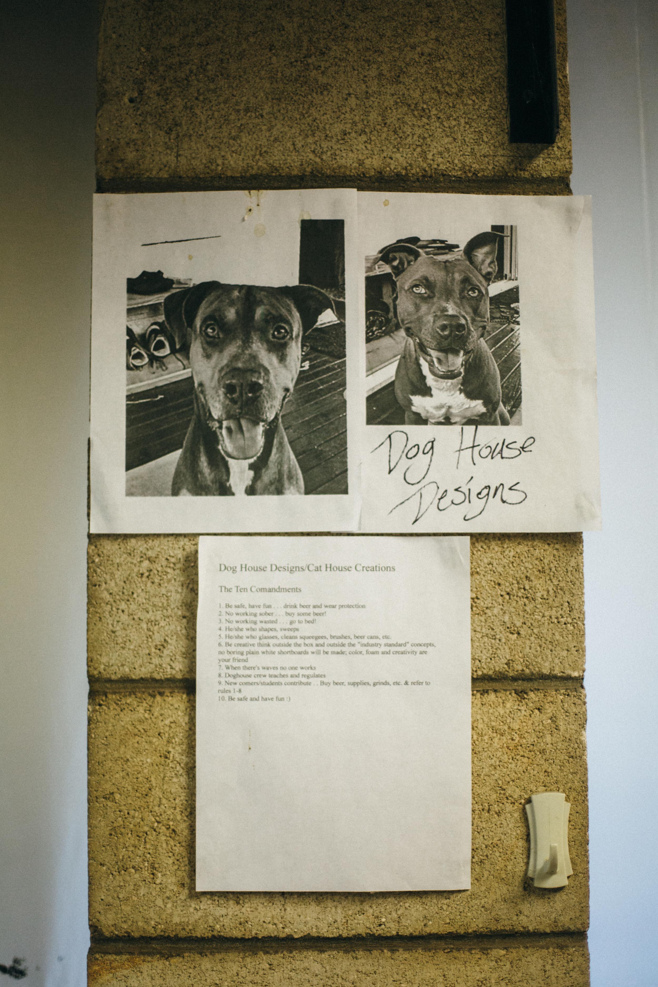 8.16..16 Dog House Designs01451.jpg