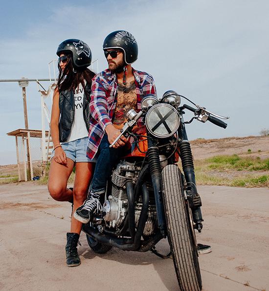 motorcycle_helmet_custom_painted3_jongarza.png