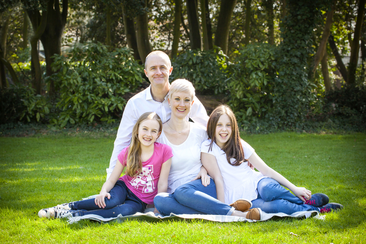 bournemouth family photographer out door portraits dorset.jpg