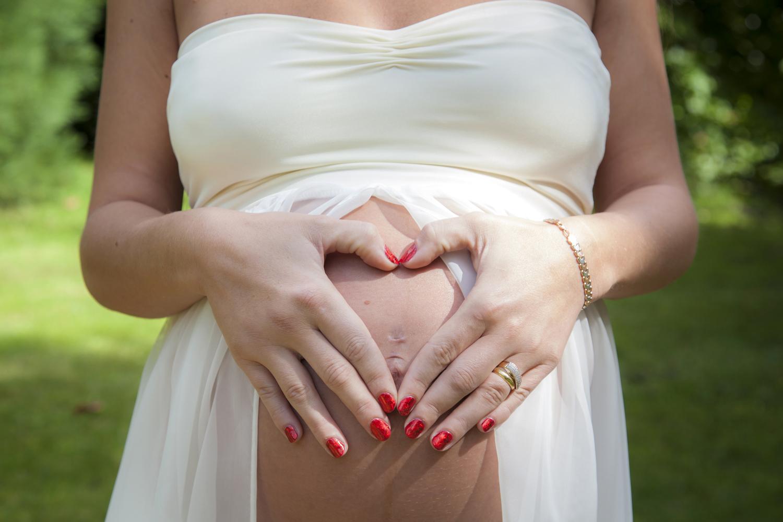 maternity newborn photographer bournemouth gemma garely photography.jpg