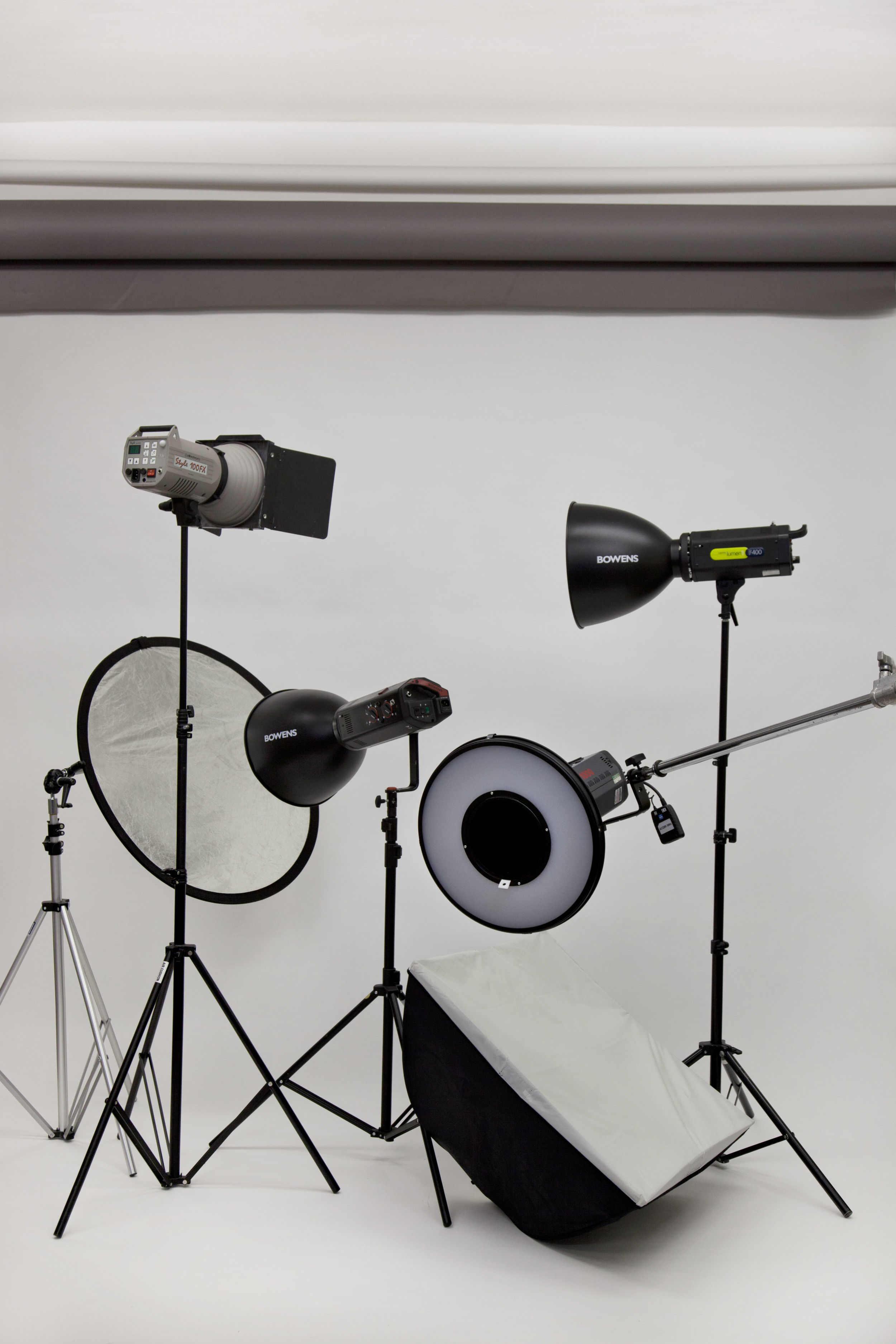 Bowens strobes and light modifiers