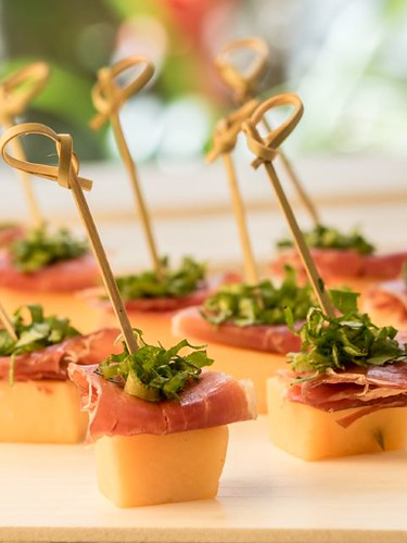 melon and prosciutto skewers-3.jpg