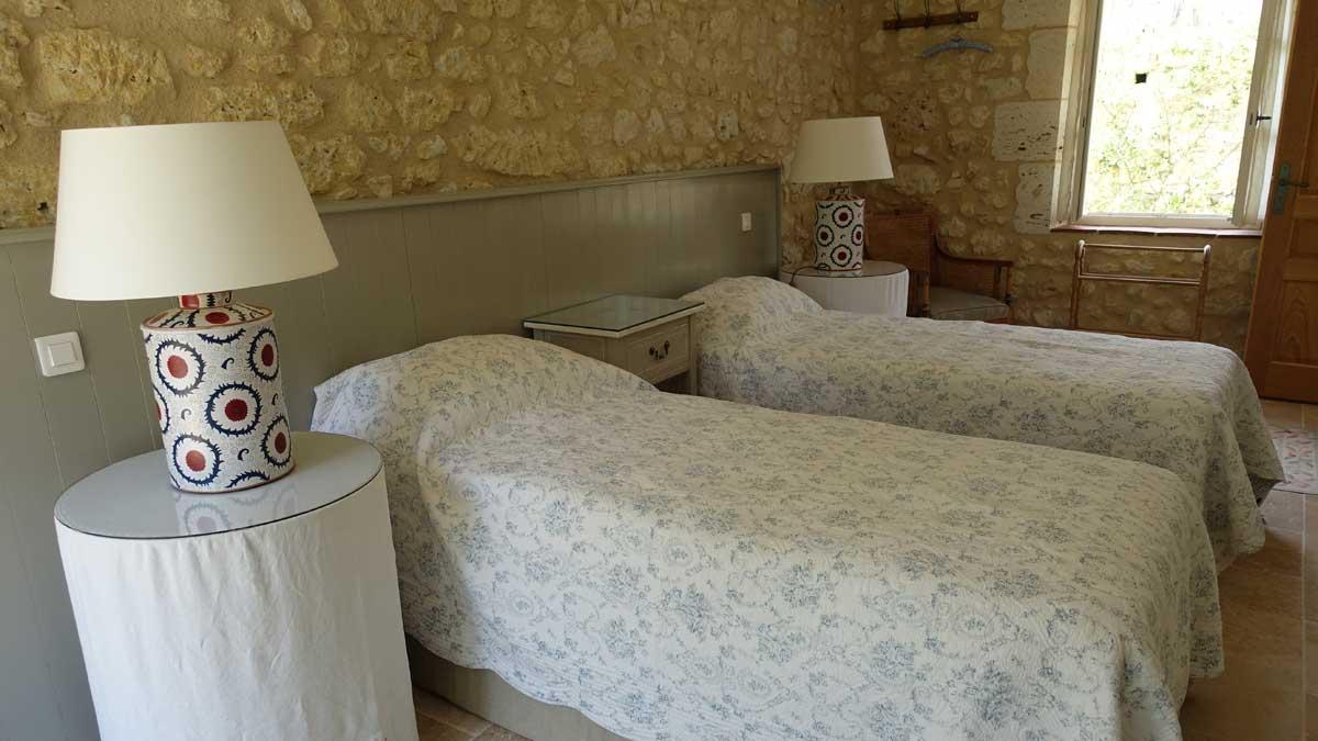 end-bedroom-005.jpg