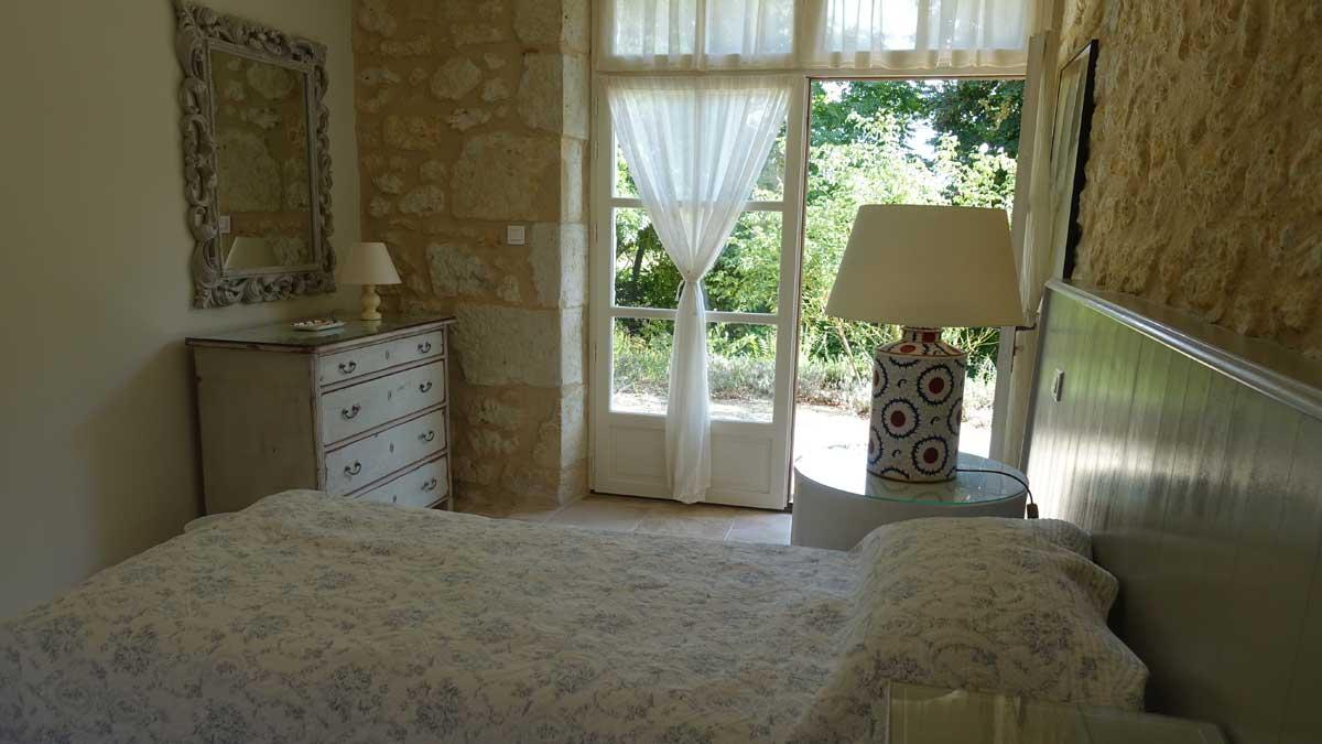 end-bedroom-006.jpg
