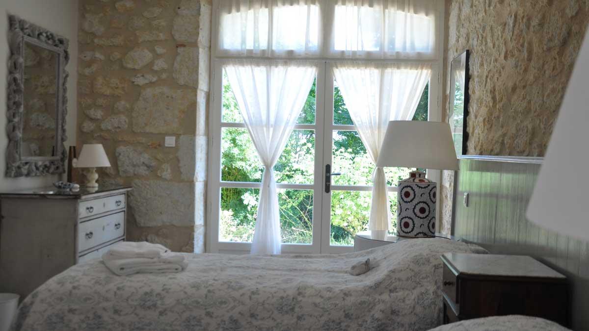 end-bedroom-009.jpg