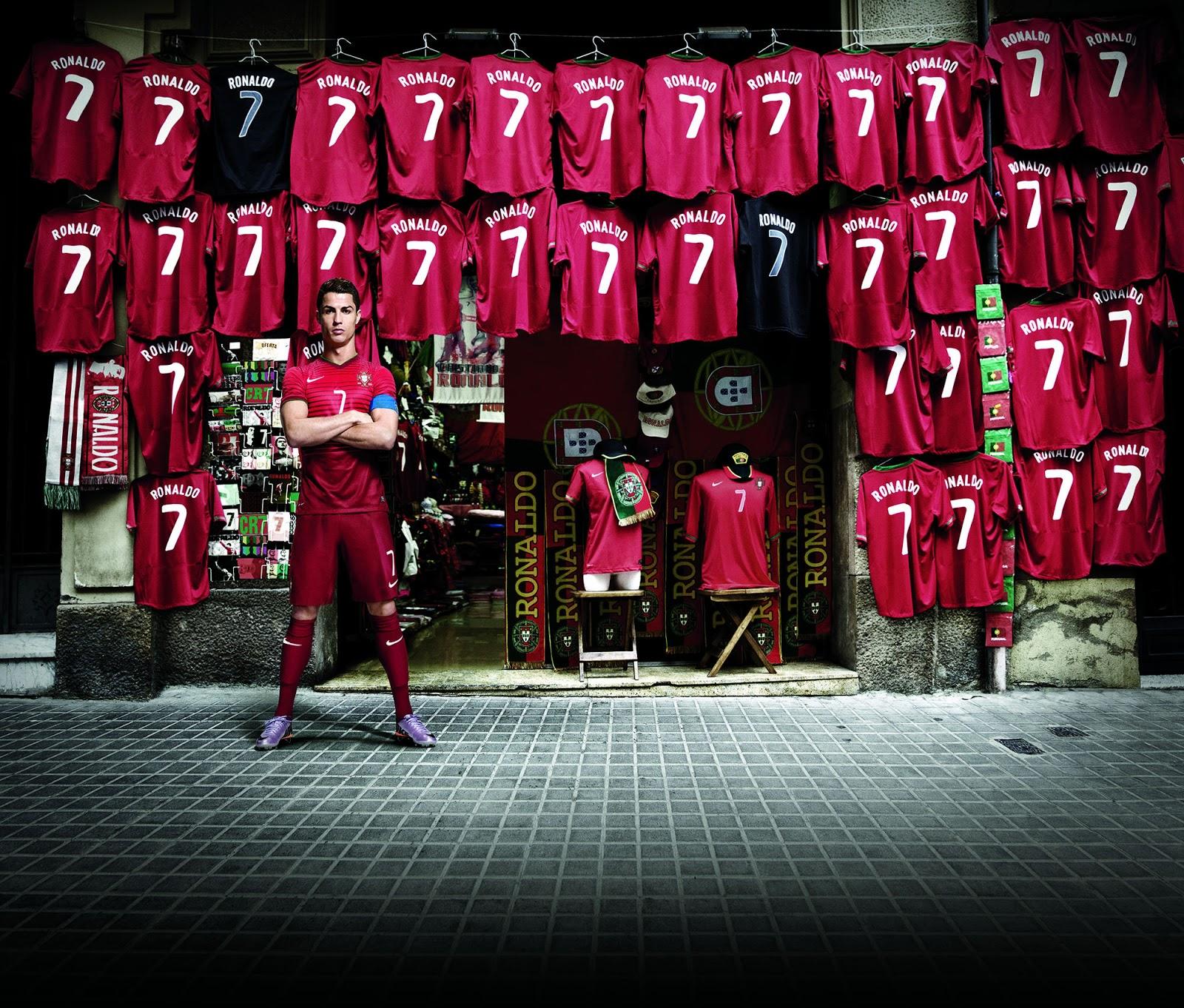 Nike Risk Everything Campaign (3) Cristiano Ronaldo.jpg