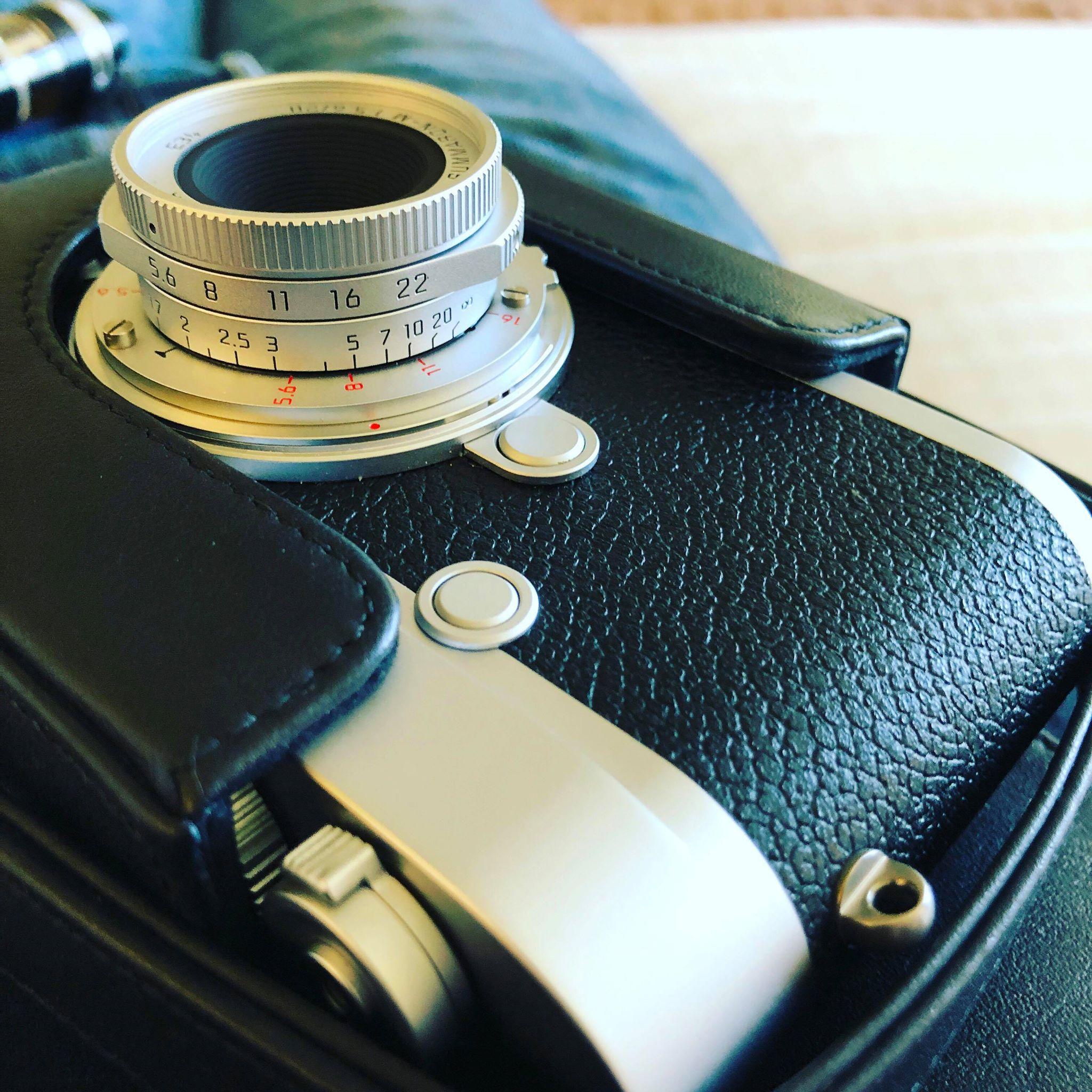 LEICA - Summaron-M 28mm f/5.6 Lens