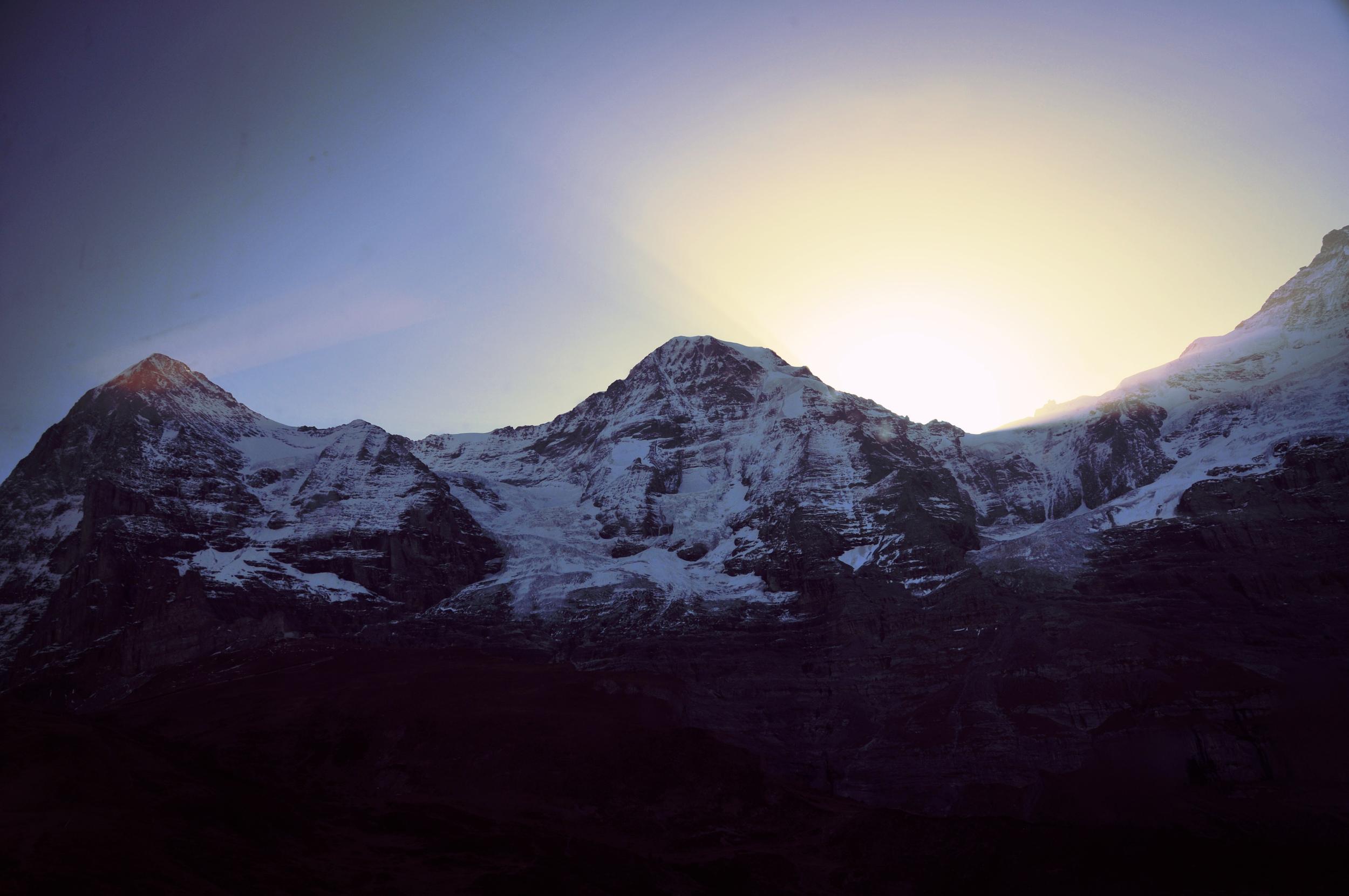 Mountain SunHR.jpg