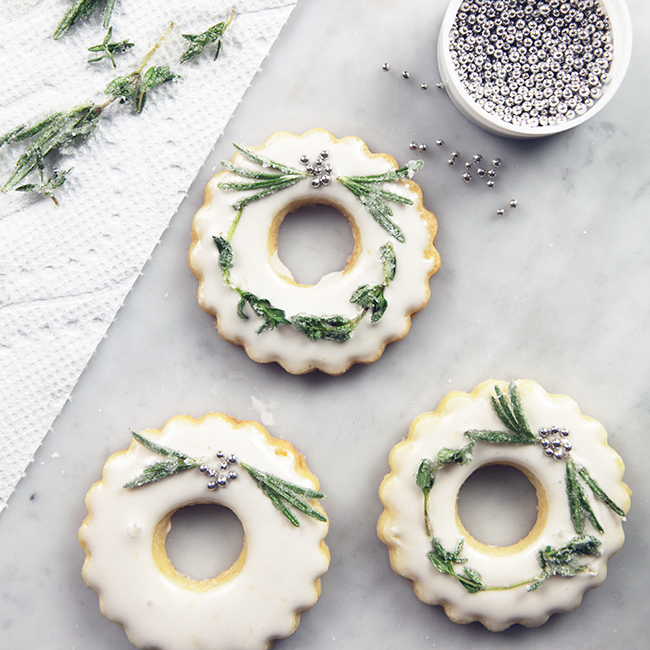 WreathCookies3WEB.jpg