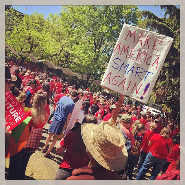 A great day so far participating in the #RedForEd rally with educators, parents and students in Eugene today. We started at 8am on Barger in Bethel and are downtown now. Next stop for many is Salem. I'm looking forward to joining my associates and friends in Springfield later today. #publiceducation #educacionpublica #schoolfunding #publicschool #educationusa #eugeneoregon #springfieldoregon