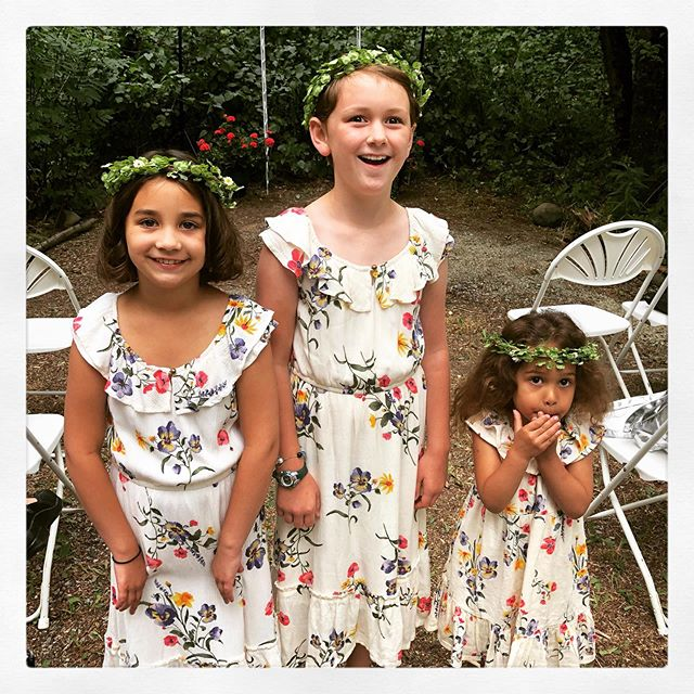 The flower girls... @ava_carrie & @bricklearns wedding.